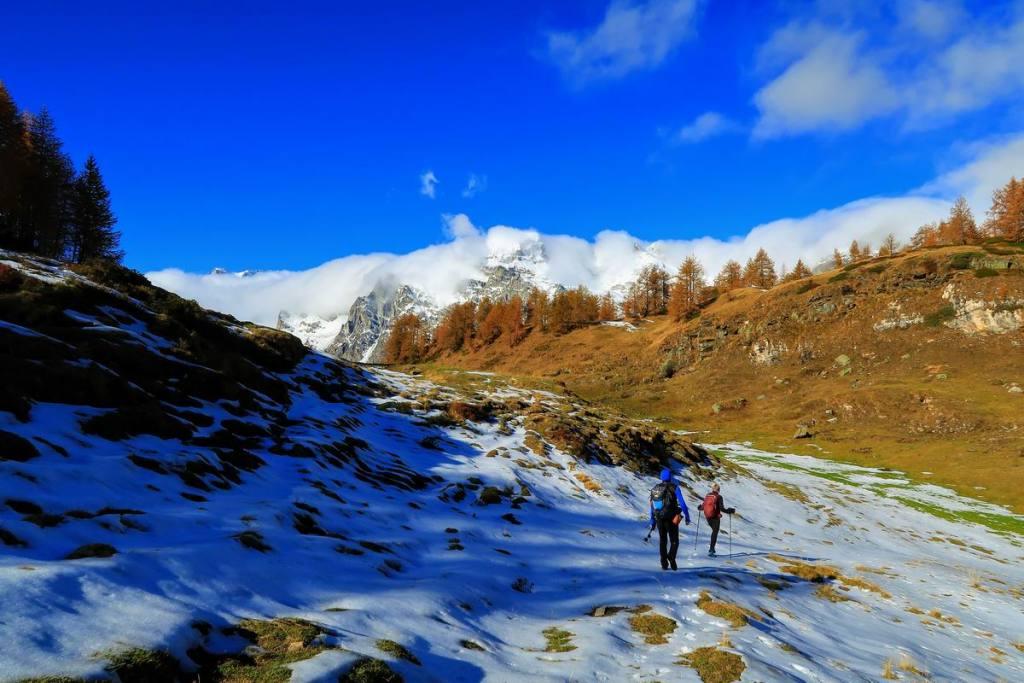verso l'Alpe Sangiatto