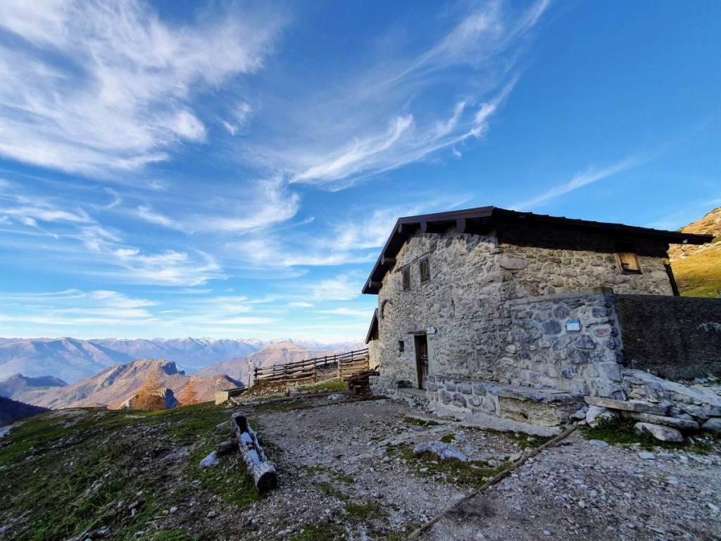 Alpe Moncòdeno, 1.670 m